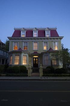 Hotel - Barksdale House Inn
