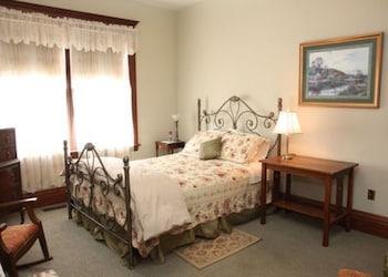 The Gardenia Room (1st floor)