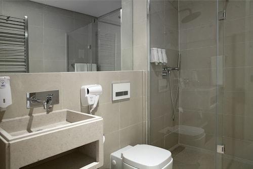 Lisbon Serviced Apartments - Baixa Chiado, Lisboa
