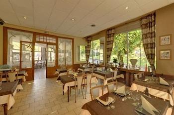 Hôtel Restaurant Au Val Doré - Restaurant  - #0