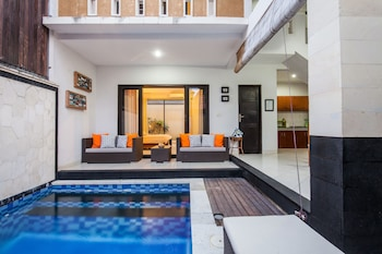 Hotel - Surya Mas Villa