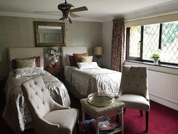 Twin Room, Ensuite (Ruby Room)