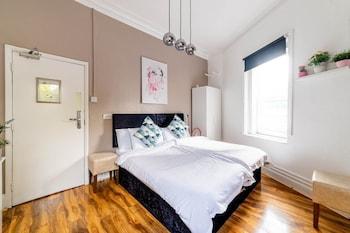 Basic Tek Büyük Veya İki Ayrı Yataklı Oda