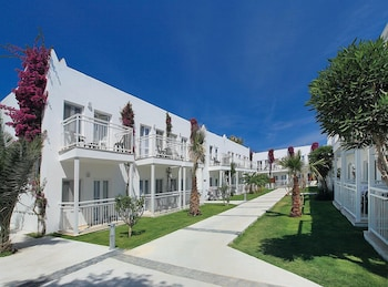 Petunya Beach Resort - All Inclusive - Exterior  - #0
