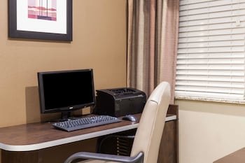 Microtel Inn & Suites by Wyndham Wheeler Ridge - Business Center  - #0