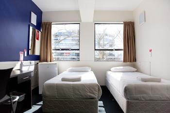 Hotel - YMCA Hostel