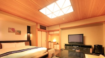 Double Room (Japanese and Western Style)