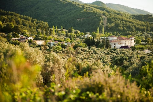 . Natur-Med Hot Springs and Health Resort