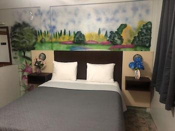 Hotel - Best Time Inn