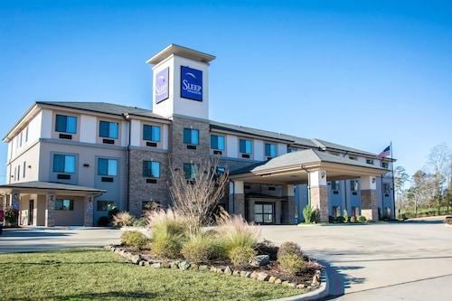 . Sleep Inn And Suites Center