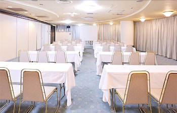 HOTEL PRINCESS GARDEN Meeting Facility