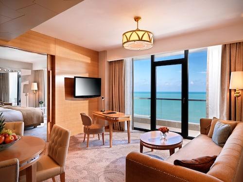 . Bilgah Beach Hotel