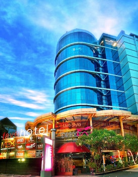 Hotel - favehotel MEX Surabaya