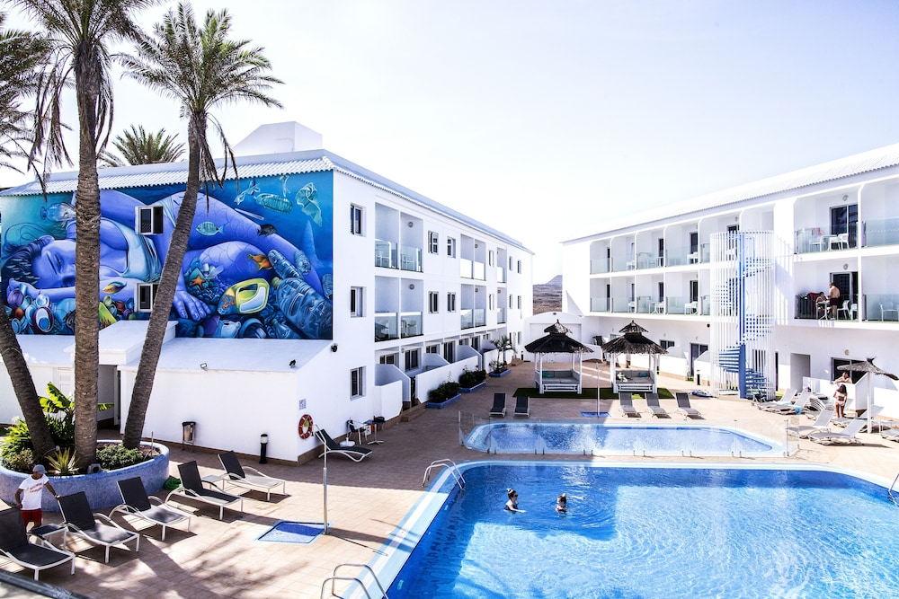 Corralejo Surfing Colors Hotel&Apartments, Featured Image