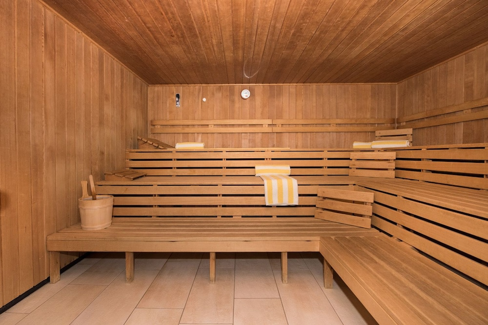 Spa : Sauna 104 of 139