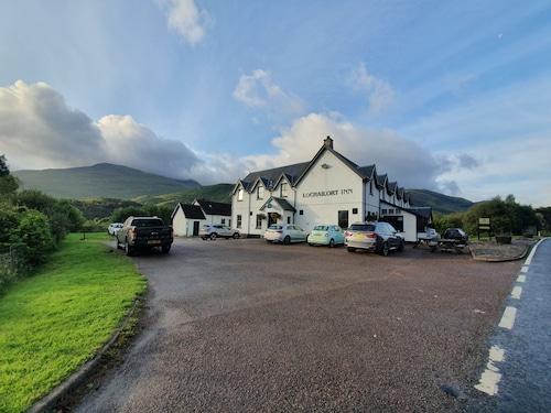 . Lochailort Inn