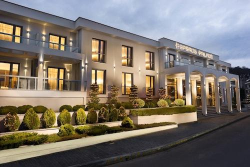 . Esperos Palace Luxury & Spa Hotel