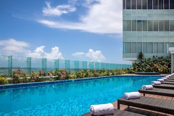 Hotel - Fiesta Inn Cancun Las Americas