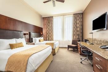 Grand Suite, 2 Queen Beds, Non Smoking (One-Bedroom)