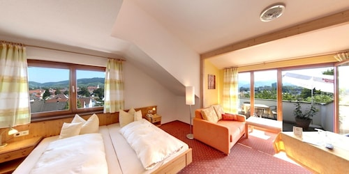 __{offers.Best_flights}__ Hotel Renchtalblick
