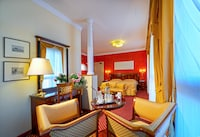Suite, 1 Double or 2 Twin Beds, Terrace