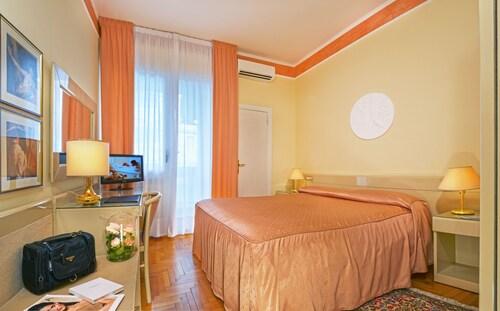 . Hotel Aurora Terme
