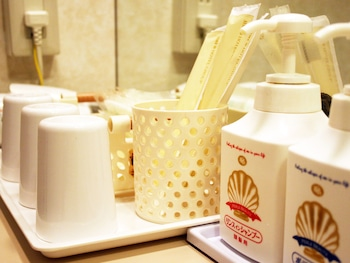 Hotel Pearl City Sendai - Bathroom Amenities  - #0