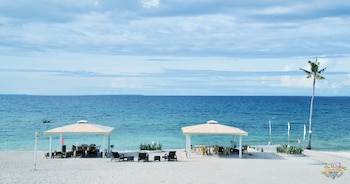 Casa Del Mar Beach Resort Cebu Featured Image