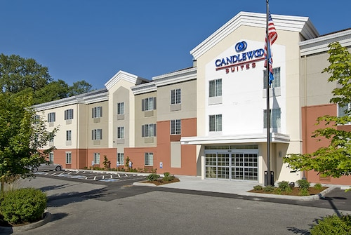 . Candlewood Suites Burlington South, an IHG Hotel