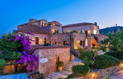 . Spilia Village