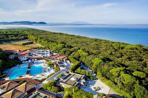 __{offers.Best_flights}__ Garden Toscana Resort
