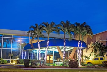 Hotel - Knights Inn Hallandale