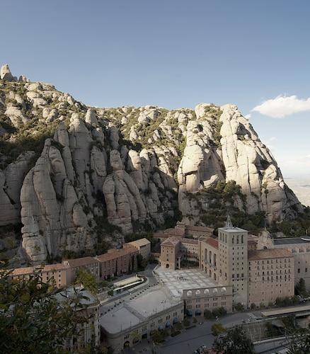 . Apartamentos Montserrat Abat Marcet