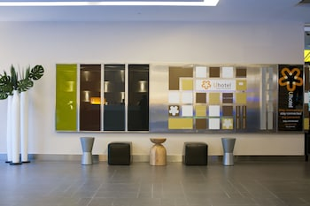 Hotel - U Hotel