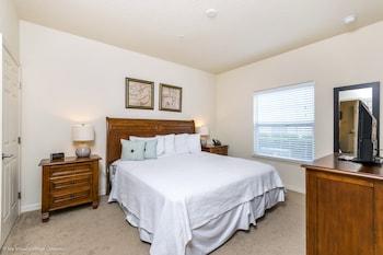 Lucaya Village Resort 4 Bedroom Townhome