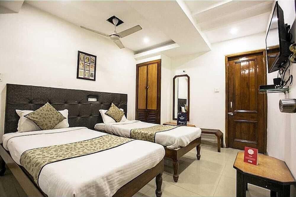 Hotel OYO 4287 Hotel Pathik