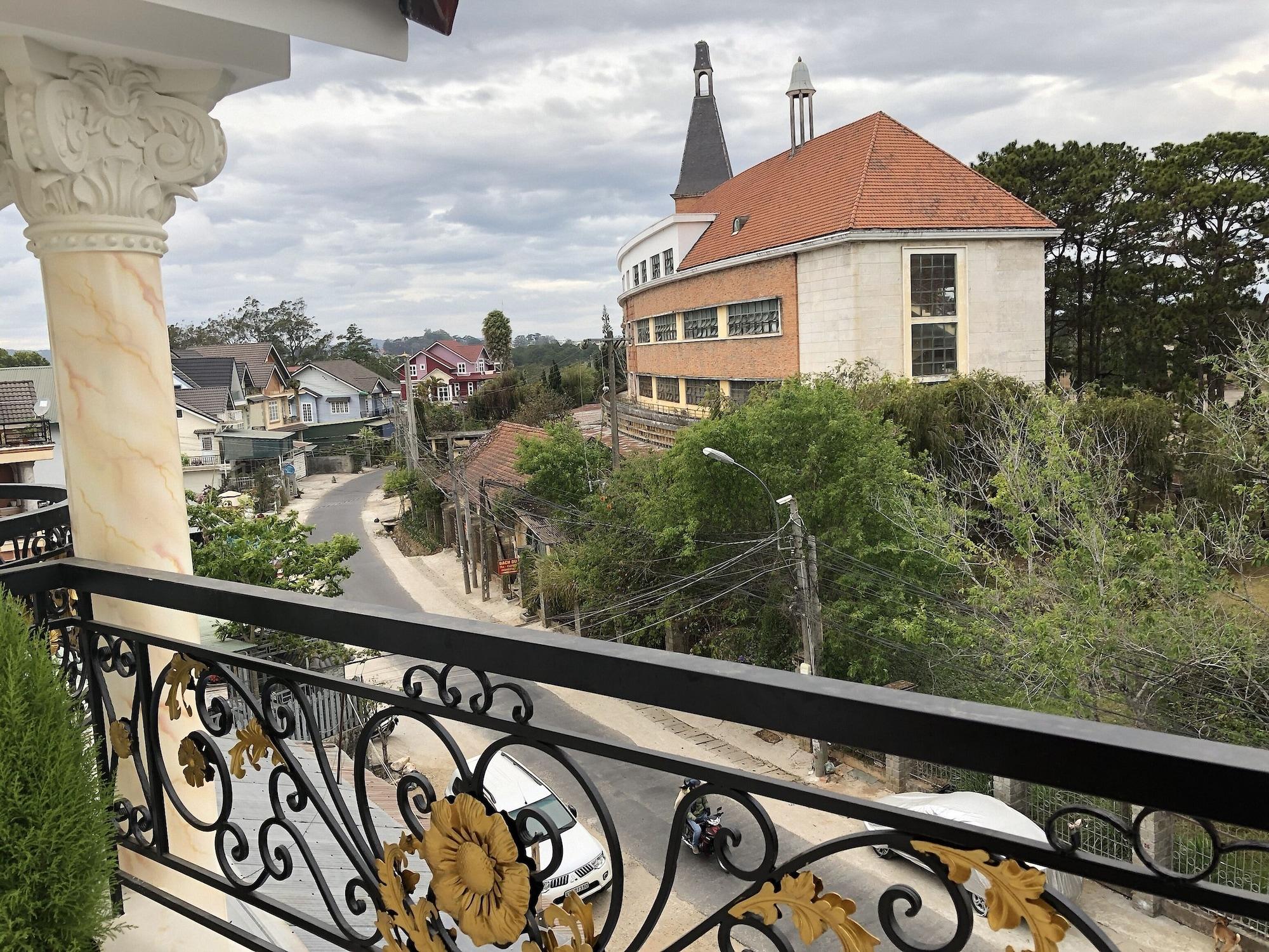 AHA Xuan Truong Hotel, Đà Lạt
