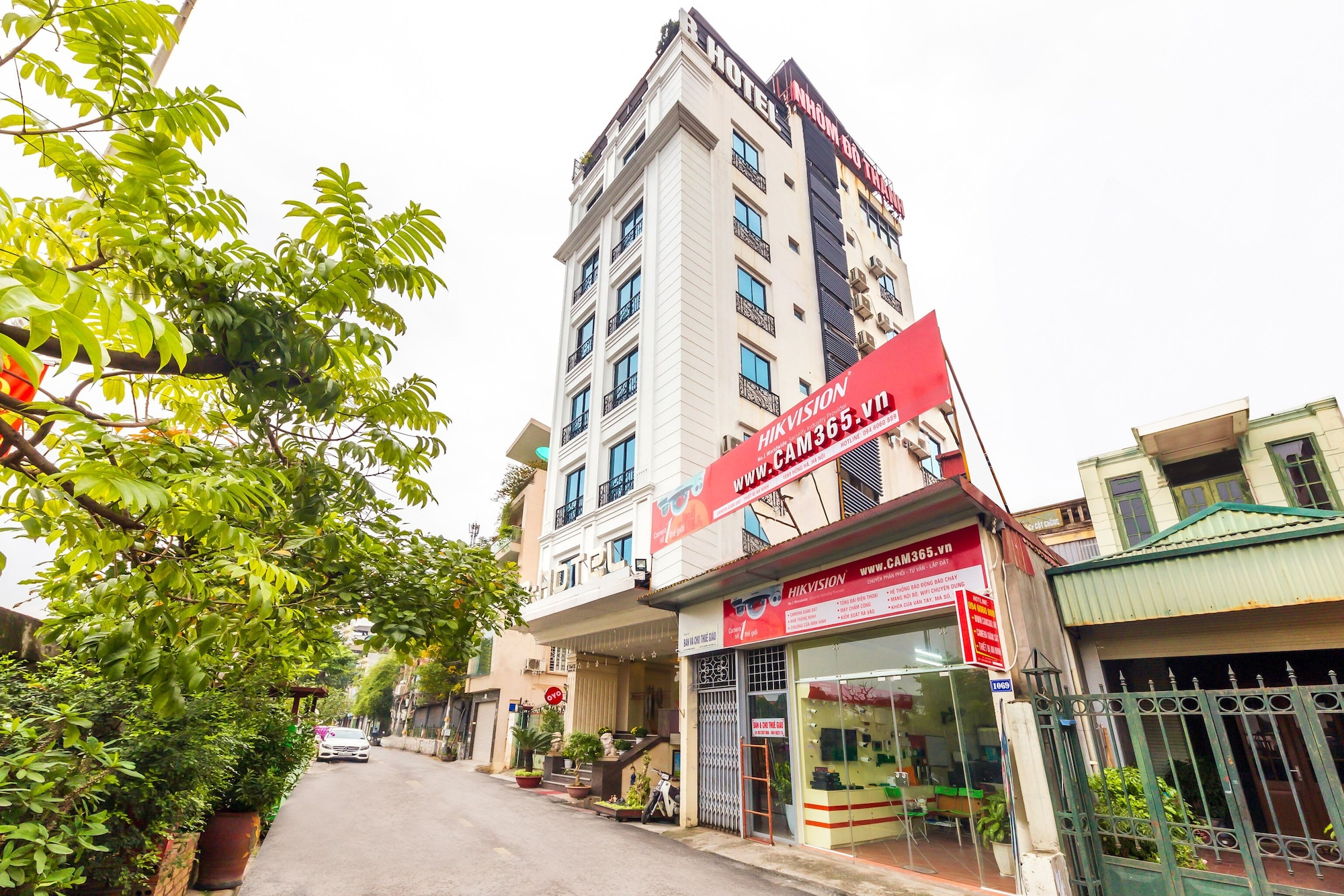 OYO 1045 B Hotel, Hoàn Kiếm
