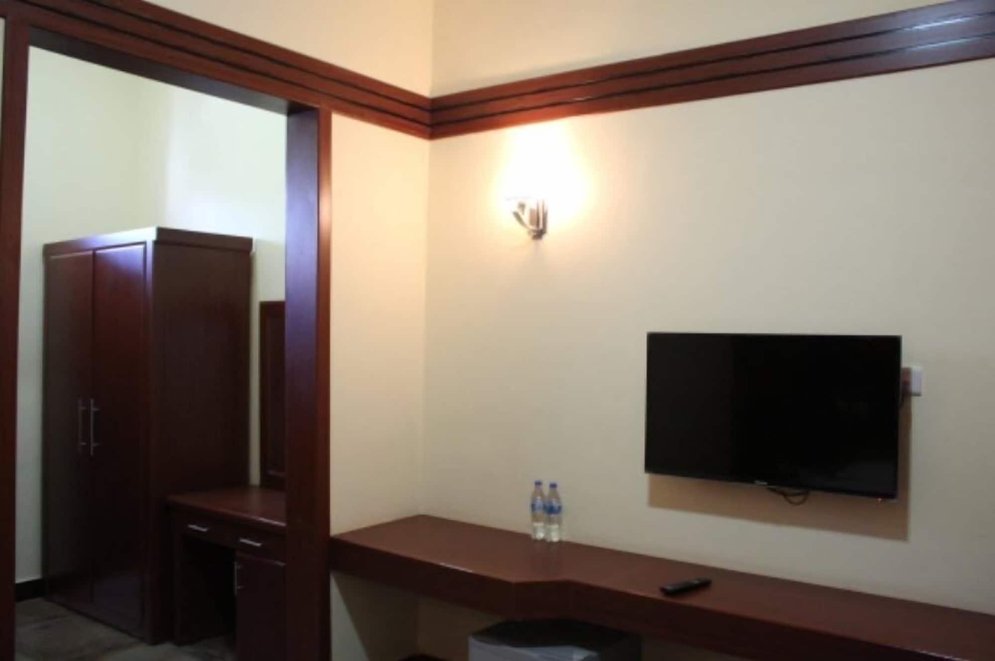 Royal Village Hotel Company, Dodoma Urban