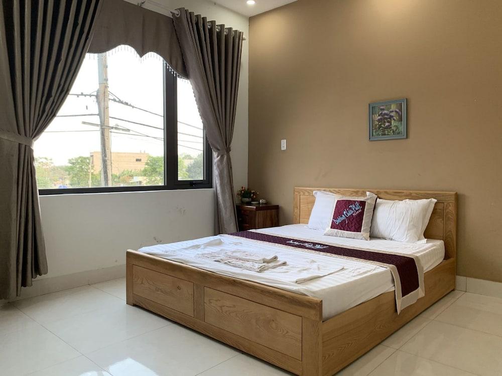 OYO 1106 ドゥオン チャウ ファット ホテル
