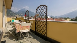 Breath of Lake Garda Apartment