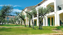 Apartment in Provencal Style in a Beautiful Landscape