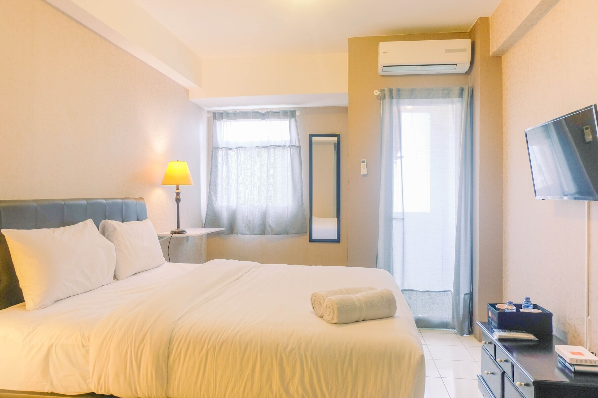 New Furnished Studio Apartment at Gunung Putri Square, Bogor