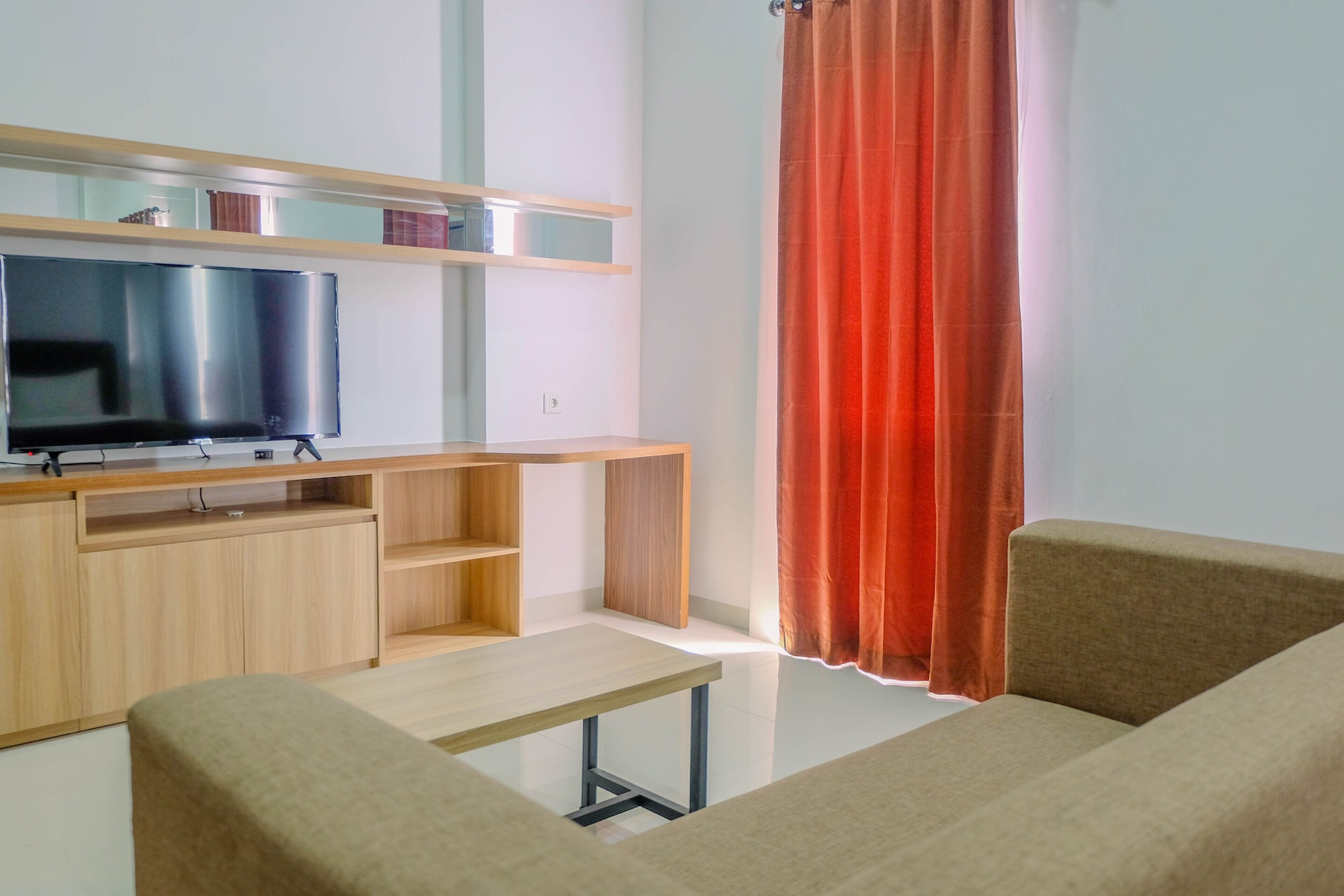 Deluxe Studio Apartment @ Azalea Suites Cikarang, Cikarang