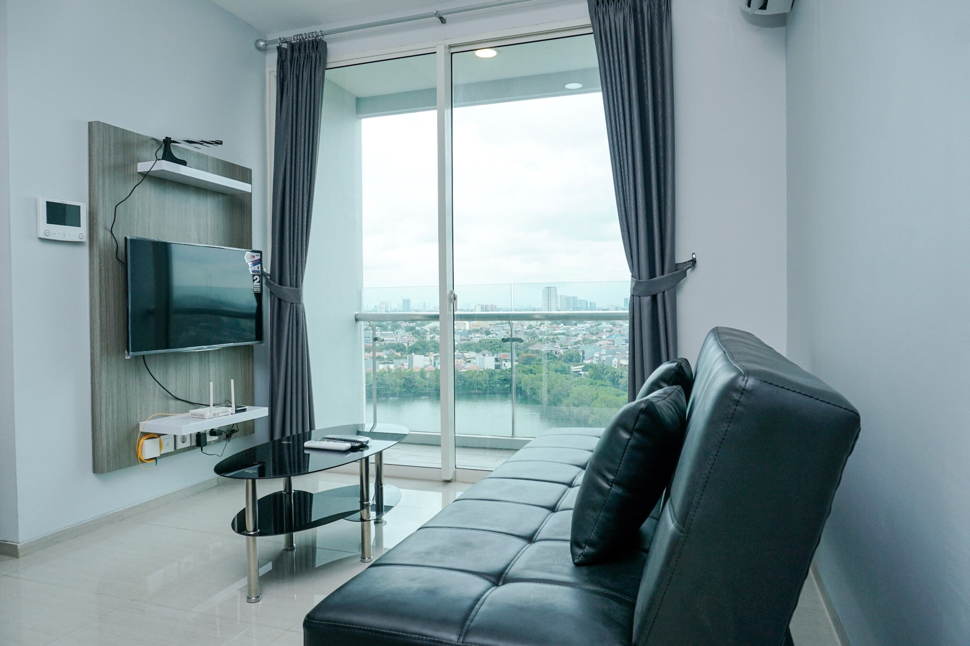 Relaxing 2BR at CitraLake Suites Apartment, Jakarta Barat