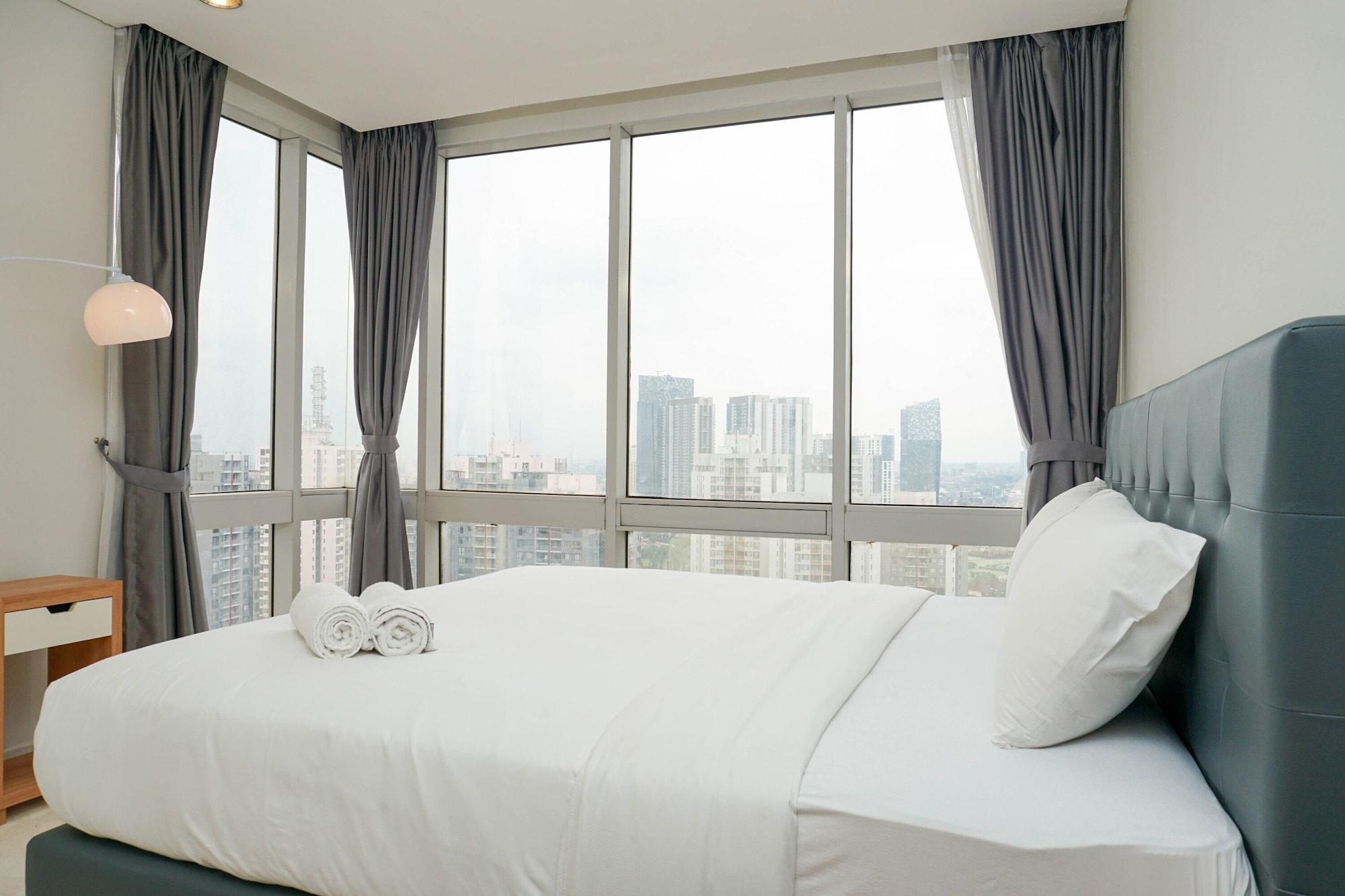 Relaxing 2BR at The Empyreal Condominium Epicentrum Apartment By Travelio, Jakarta Selatan
