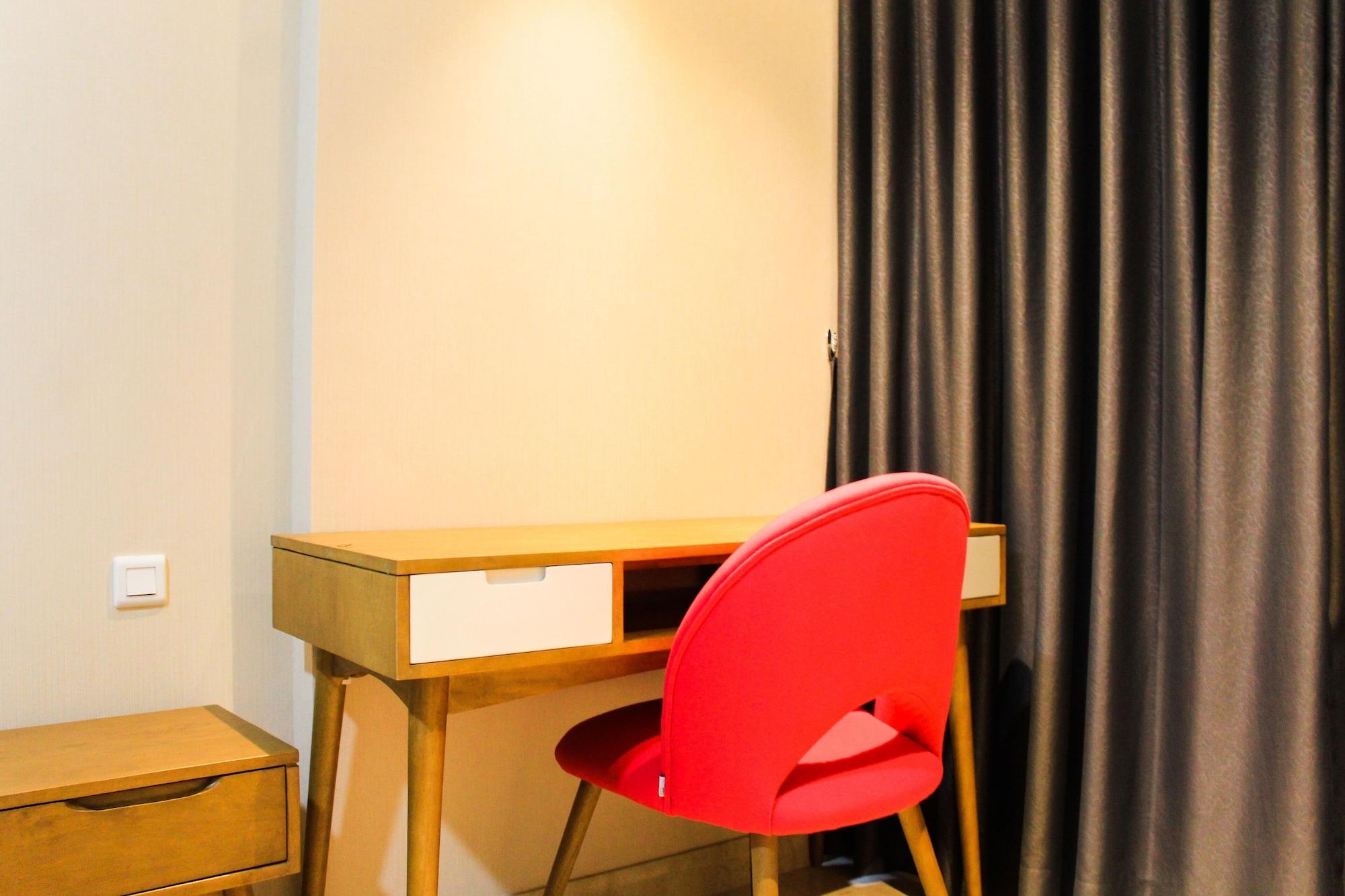 Best View 1BR Apartment at Gold Coast PIK By Travelio, Jakarta Utara