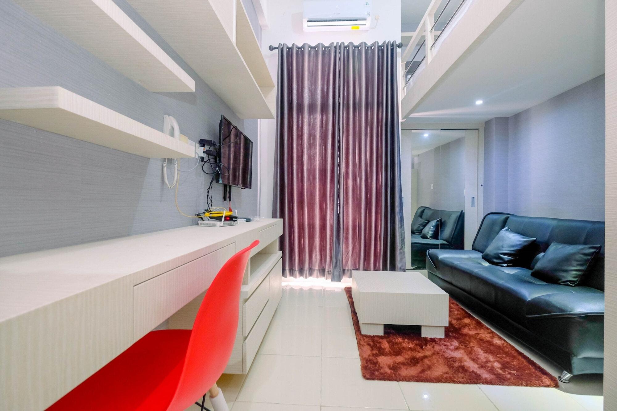 Minimalist and Stylish Studio Dave Apartment By Travelio, Depok