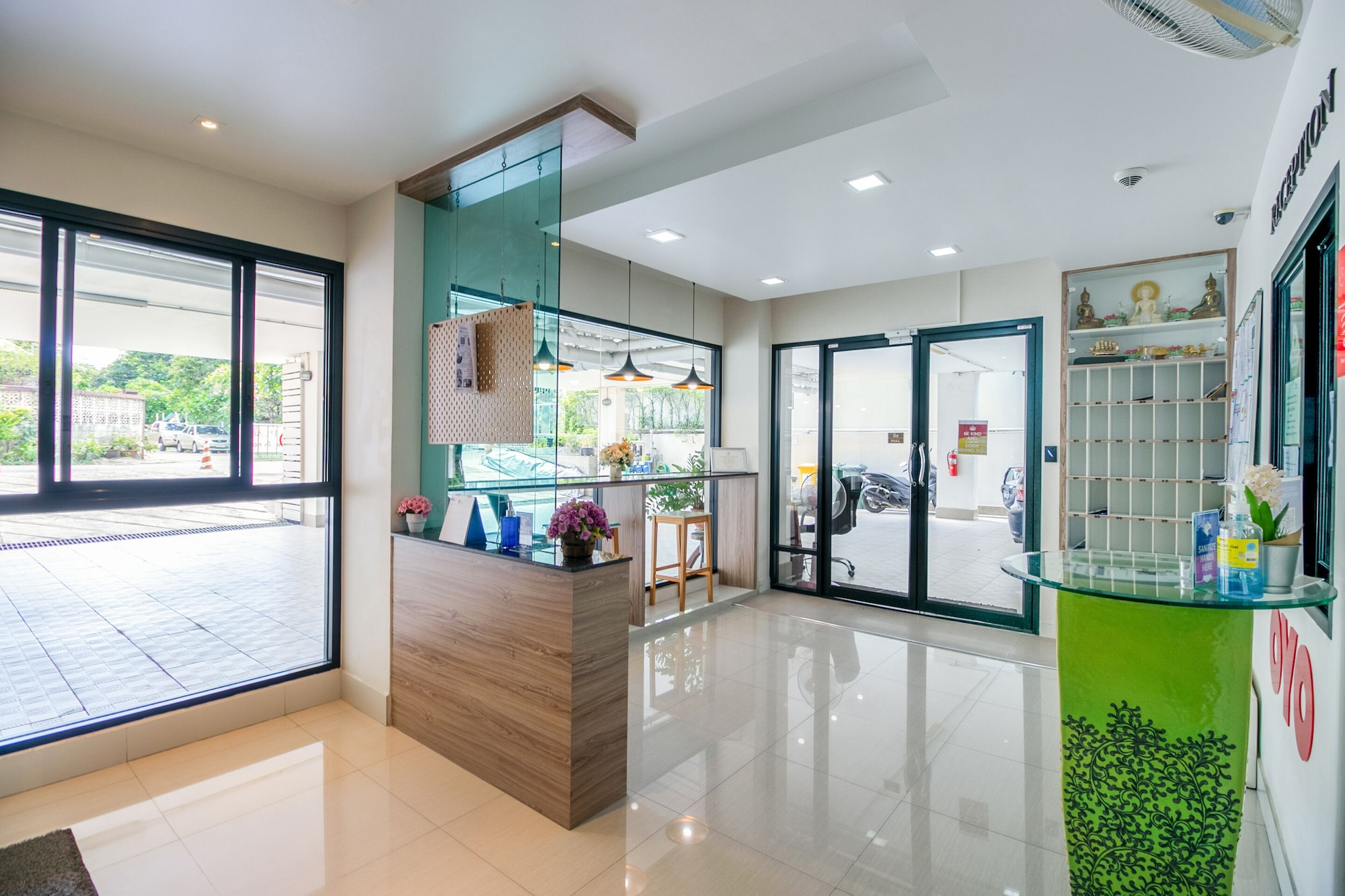 OYO 1061 Peaberry Place Apartment, Chatuchak