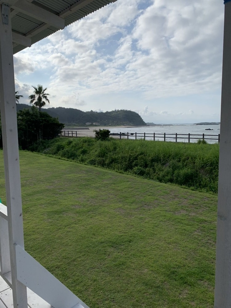 Shirahama Beach Garden image